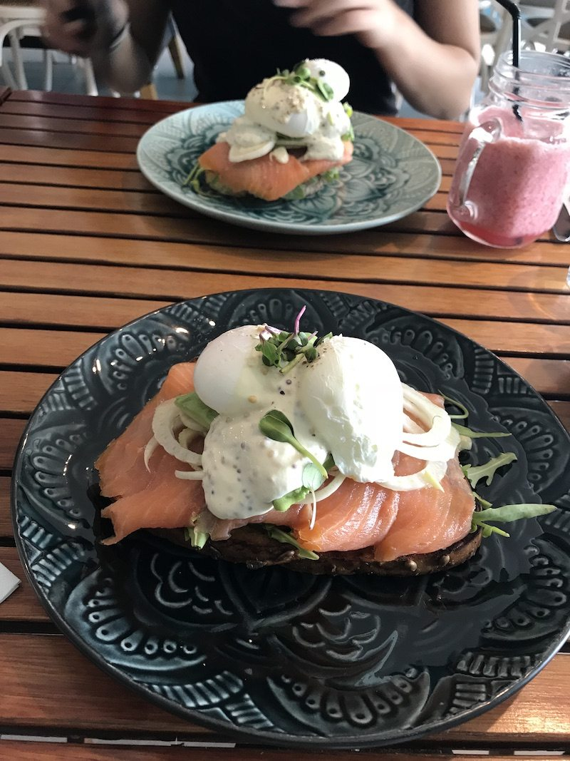 Now that's an eggs Benedict, lol