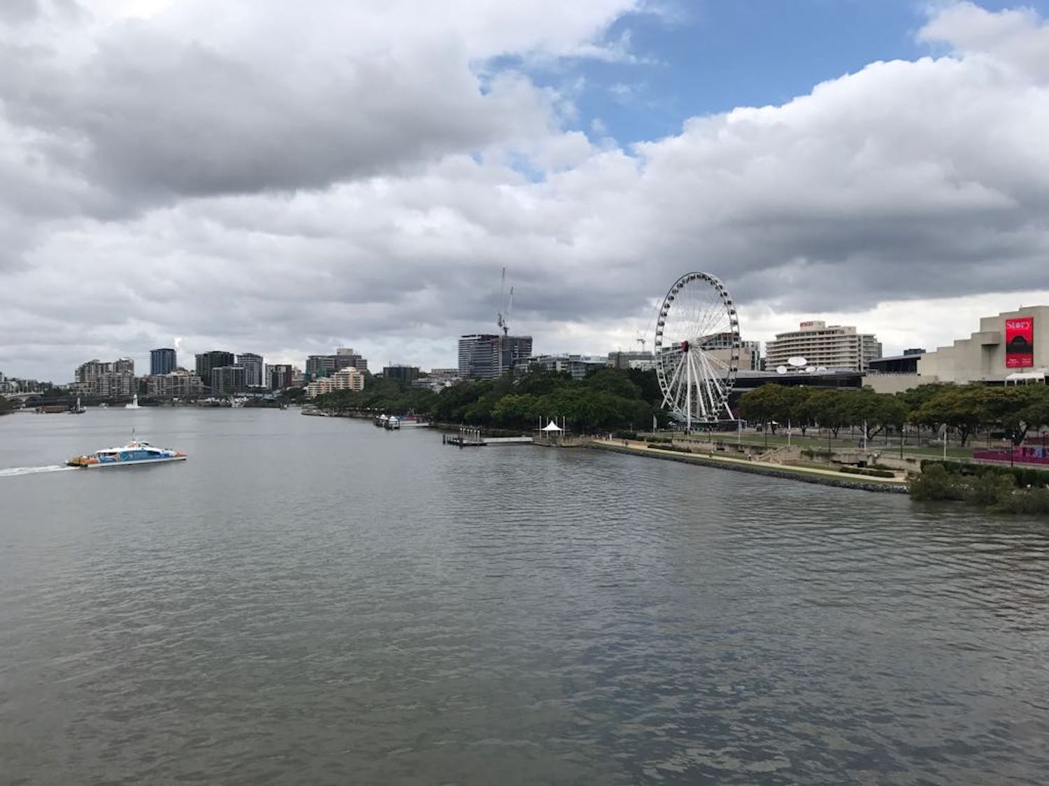 A lovely view of the famous ferris wheel in Brisbane