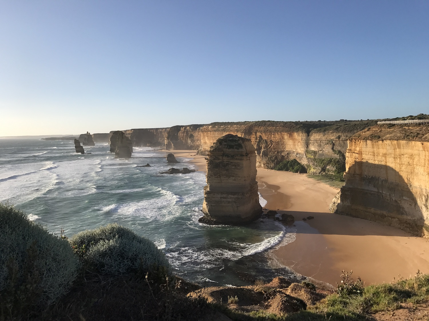 The 12 apostles on the great ocean drive - AMAZING sunset