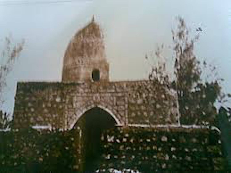 An old photo of Al-Jum'ah Mosque